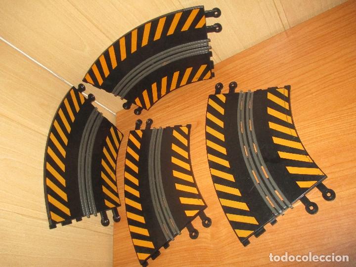Scalextric: SCALEXTRIC : LOTE DE 4 TRAMOS DE PISTAS CURVAS - Foto 3 - 174465894