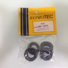Scalextric: SLOT, REPROTEC AS12292, 4 NEUMATICOS POSTERIORES BRM-HONDA F1, SCALEXTRIC 5174. Lote 175029223