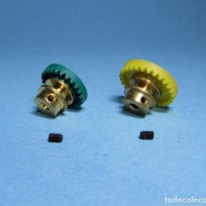 Scalextric: LOTE CORONAS BRONCE 24 + 28 DIENTES - CORONA PARA EJE 2,38MM - 3/32. Lote 210477430