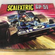 Scalextric: SCALEXTRIC GP51 ORIGINAL EN CAJA BASTANTE + 6 COCHES. Lote 194184797
