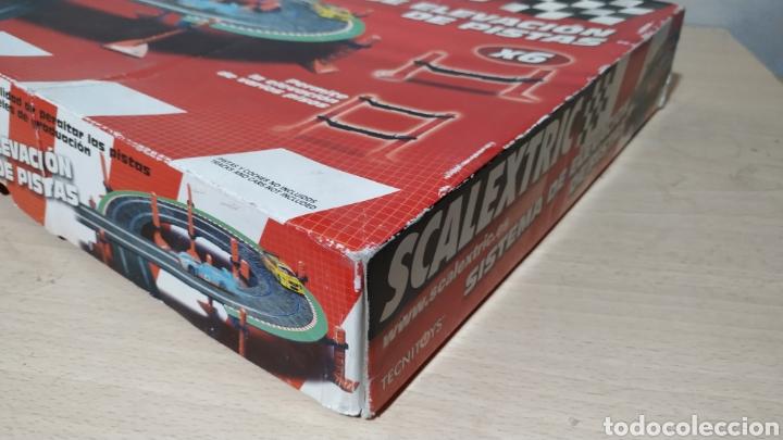 Scalextric: Sistema de elevación de pistas Scalextric en su caja original - incompleto - Foto 2 - 195324007