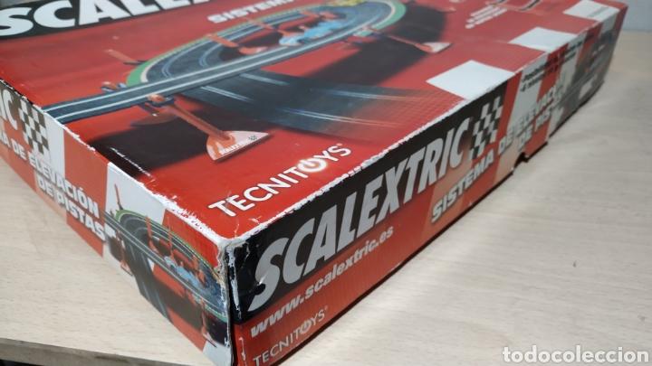 Scalextric: Sistema de elevación de pistas Scalextric en su caja original - incompleto - Foto 5 - 195324007