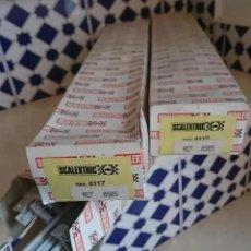 Scalextric: RAREZA 3 CAJAS SCALEXTRIC AÑOS 80 CON REF 8505 COMPLETAS VALLAS (EN CAJA ROJA ) O REF.4117 VER FOTOS. Lote 195463156