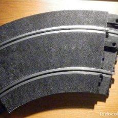 Scalextric: JUEGO DE 2 TRAMOS - CURVAS GRANDES. - 16,5 X 28,5 CM. - STANDARD - SCALEXTRIC - REF.3051. Lote 196450736