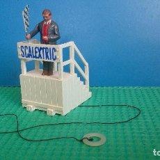 Scalextric: JUEZ PISTA SCALEXTRIC STARTER ON ROSTRUM F/303. Lote 202701165