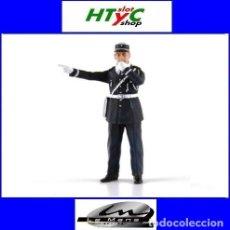 Scalextric: LE MANS MINIATURES ANDRE POLICIA CON SILBATO FLM132055M. Lote 278453053