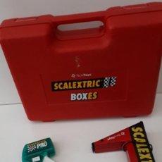 Scalextric: LOTE OFERTA: SCALEXTRIC . CON CUENTAVUELTAS, MANDO ACELERADOR (NUEVO) Y MALETIN. Lote 218138851