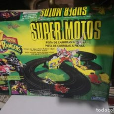 Scalextric: PISTA A PILAS SUPER MOTOS POWER RANGERS. Lote 232066775