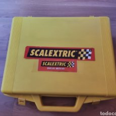Scalextric: SCALEXTRIC MALETÍN 16 COCHES ALTAYA. Lote 246321530