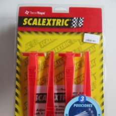 Scalextric: SCALEXTRIC REF: 8814 Y 88140 - PERALTE REGULABLE 3 POSICIONES NUEVO (4). Lote 261620955