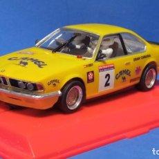 Scalextric: BMW 635 CSI (E24) PONCE RESINA HC SLOT CON URNA 1:32 SCALEXTRIC SPIRIT. Lote 269013709