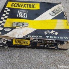 Scalextric: SCALEXTRIC GT60 TRIANG CON DOCUMENTACION LISTA PRECIOS Y MUCHAS PIEZAS VER FOTOS. Lote 276637143