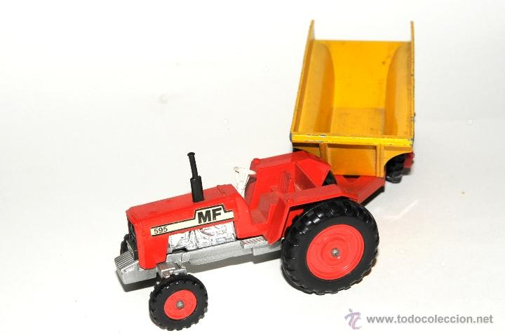 Scalextric: TRACTOR CON REMOLQUE, MASSEY FERGUSON MATCHBOX MADE IN ENGLAND 1978 - Foto 2 - 42403913
