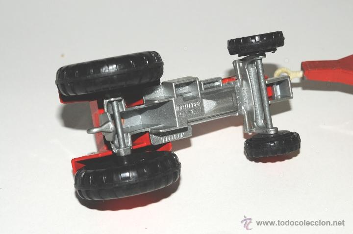Scalextric: TRACTOR CON REMOLQUE, MASSEY FERGUSON MATCHBOX MADE IN ENGLAND 1978 - Foto 5 - 42403913