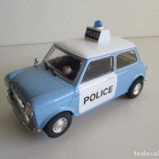 Scalextric: MINI POLICE, ORIGINAL SCALEXTRIC SUPERSLOT 1:32, NUNCA JUGADO, NUEVO PERFECTO. Lote 101181203
