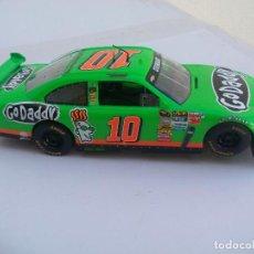 Scalextric: SCX COCHE SCALEXTRIC CHEVROLET IMPALA SS GODADDY STEWART # 10 NASCAR.. Lote 110066647
