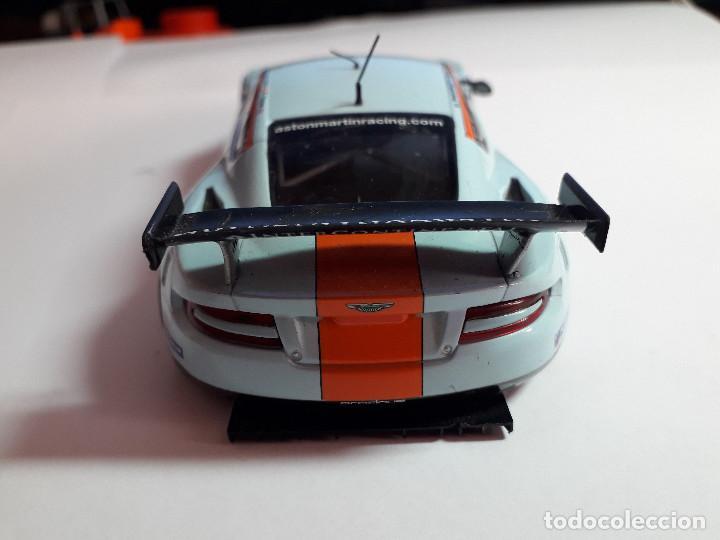 Scalextric: 06-00039 - coche scalextric aston martin dbr-9 azul claro (SIN RETROVISOR IZQ) - Foto 3 - 129374183