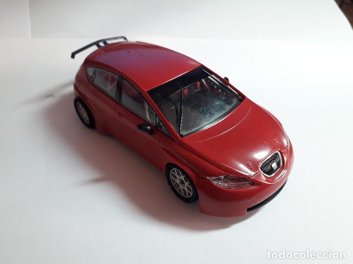 06-00040 - COCHE SCALEXTRIC SEAT LEON WTCC ROJO (Juguetes - Slot Cars - Scalextric SCX (UK))