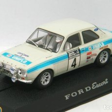 Scalextric: FORD ESCORT RS1600 1º RALLYE RAC 1972 ROGER CLARK (SCALEXTRIC) CON LUCES. Lote 134095530