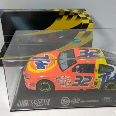 Scalextric: SUPERSLOT NASCAR FORD TAURUS TIDE N°32 2002 REF. H2419. Lote 140312641
