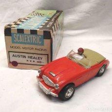 Scalextric: AUSTIN HEALEY 3000 DE TRIANG, COLOR ROJO AÑOS 60, CON CAJA. Lote 163930658