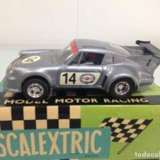Scalextric: SLOT, SCALEXTRIC UK C155, PORSCHE 911 CARRERA RSR TURBO Nº14, MARTINI. Lote 168723284