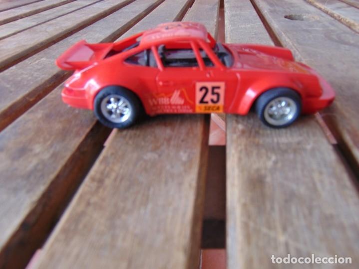 Scalextric: COCHE DE PISTA PORSCHE CARRERA RS SCX ROJO DE SCALEXTRIC INCOMPLETO - Foto 2 - 182265777