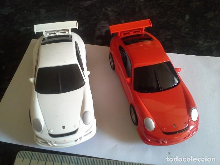 2 COCHES PORCHE 911 GT3 CUP SCX COMPACT BLANCO Y ROJO SCALEXTRIC (Juguetes - Slot Cars - Scalextric SCX (UK))