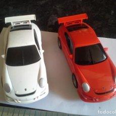 Scalextric: 2 COCHES PORCHE 911 GT3 CUP SCX COMPACT BLANCO Y ROJO SCALEXTRIC . Lote 186458633