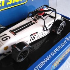 Scalextric: SCALEXTRIC SUPERSLOT INGLÉS UK CATERHAM SUPERLIGHT . EN URNA.NUEVO. Lote 194199403