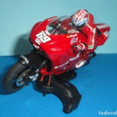 Scalextric: DUCATI NICKY HAYDEN SUPERSLOT. Lote 234572030