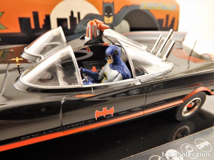 Scalextric: Scalextric Club (Hornby) DC Comics Batmobile Slot 1:32 - Foto 7 - 270119208