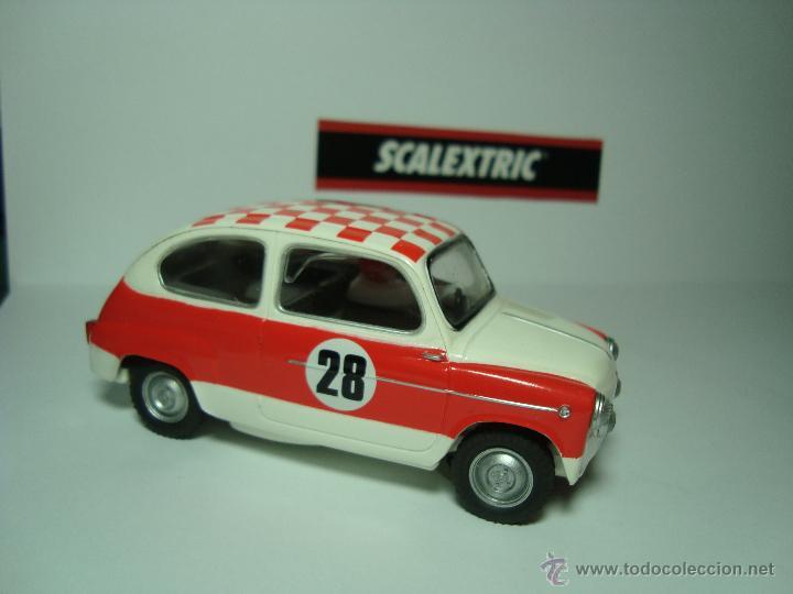 Scalextric: SEAT 600 TC DE SCALEXTRIC COCHES MITICOS TECNITOYS - Foto 2 - 49018160