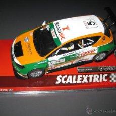Scalextric: A10205S300 - SEAT LEON EUROCUP CASTROL DE SCALEXTRIC. Lote 202482848