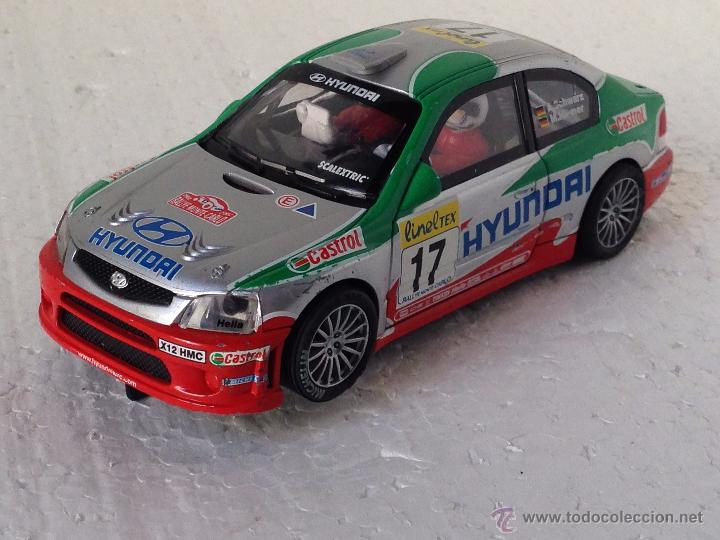 SCALEXTRIC HYUNDAI ACCENT SCHWARZ CASTROL (Juguetes - Slot Cars - Scalextric Tecnitoys)