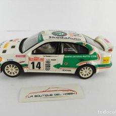 Scalextric: SKODA OCTAVIA WRC SCALEXTRIC. Lote 134220666