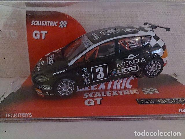 SCALEXTRIC 6331 SEAT LEON LA CAIXA (Juguetes - Slot Cars - Scalextric Tecnitoys)