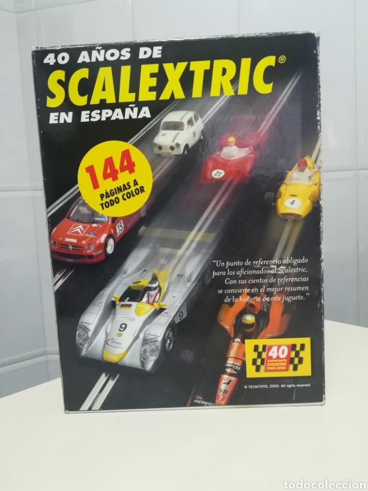 Scalextric: caja 40 aniversario scalextric - 2 coches + libro - abarth - seat 600 - - Foto 2 - 167981617