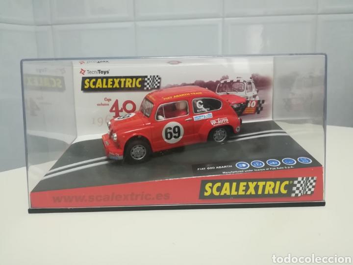 Scalextric: caja 40 aniversario scalextric - 2 coches + libro - abarth - seat 600 - - Foto 3 - 167981617
