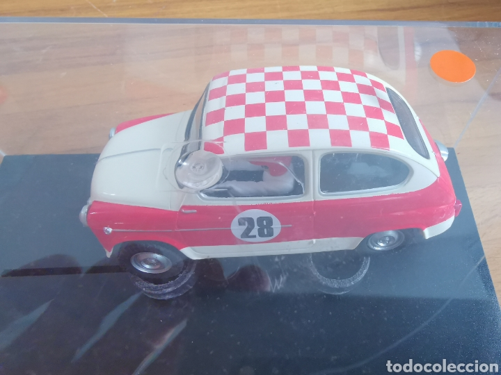 Scalextric: Coche scalextric repro Seat 600 1972 Rally Costa Brava 2002 - Foto 2 - 178064462