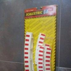 Scalextric: SET SCALEXTRIC SCX REF 8611 F1 BARRERAS PROTECCION EN BLISTER ORIGINAL ORIGINAL. Lote 182666816