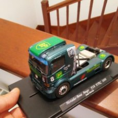 Scalextric: DIFICIL CAMION MERCEDES BENZ ATEGO FLY SLOT TIPO SCALEXTRIC. Lote 210625136