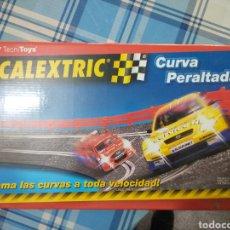 Scalextric: SCALEXTRIC.CURVA PERALTADA.COMO SE VE. Lote 223324346