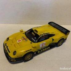 Scalextric: SCALEXTRIC PORSCHE 911 GT1 CON LUZ. Lote 226824680