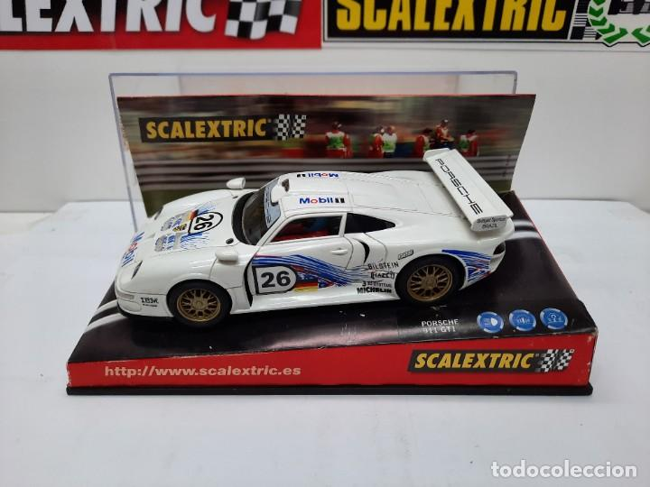 "Scalextric: PORSCHE 911 GT1 "" MOBIL "" #26 SCALEXTRIC - Foto 2 - 241051050"