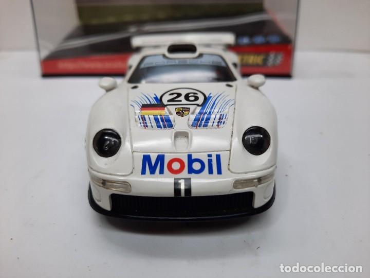 "Scalextric: PORSCHE 911 GT1 "" MOBIL "" #26 SCALEXTRIC - Foto 9 - 241051050"