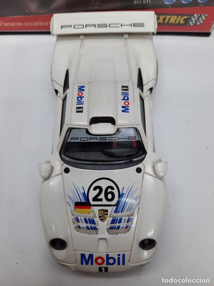 "Scalextric: PORSCHE 911 GT1 "" MOBIL "" #26 SCALEXTRIC - Foto 10 - 241051050"