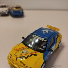 Scalextric: SCALEXTRIC RENAULT MEGANE. Lote 288927173