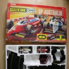 Scalextric: CIRCUITO GP AUSTRALIA CON FERRARI F/87 FIAT #28 (¡NUEVO!) Y MINARDI VALLEVERDE #24. SCALEXTRIC TYCO.. Lote 45994264