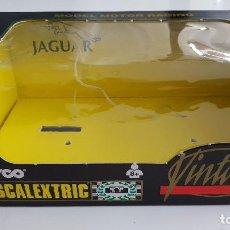 Scalextric: JAGUAR E CAJA DEL MODELO VINTAGE DE SCALEXTRIC VACÍA. Lote 146529984